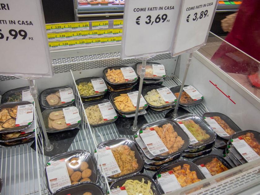 готовая еда из супермаркета рим