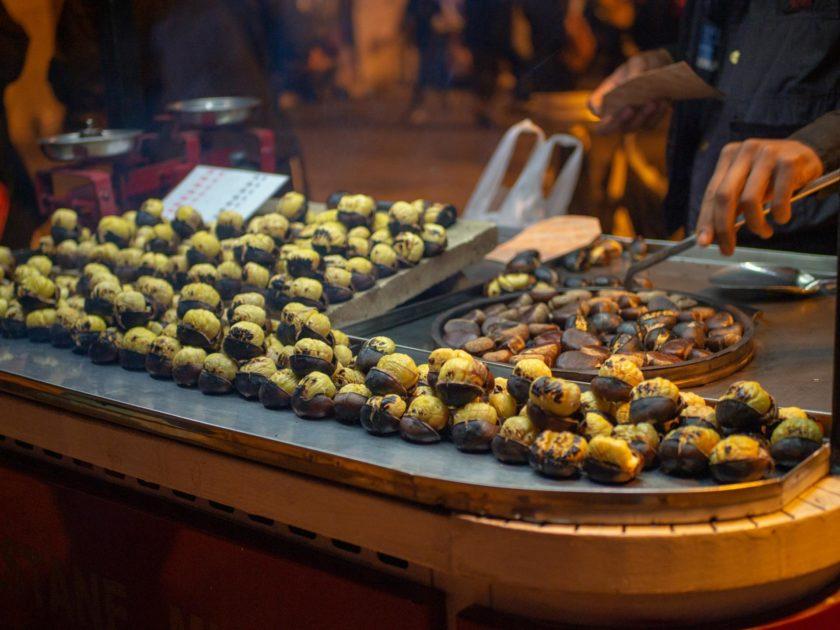 Жаренные каштаны в Стамбуле