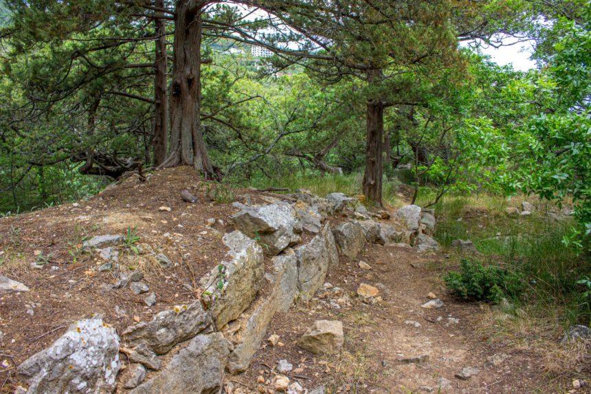 Развалины римской крепости в Крыму