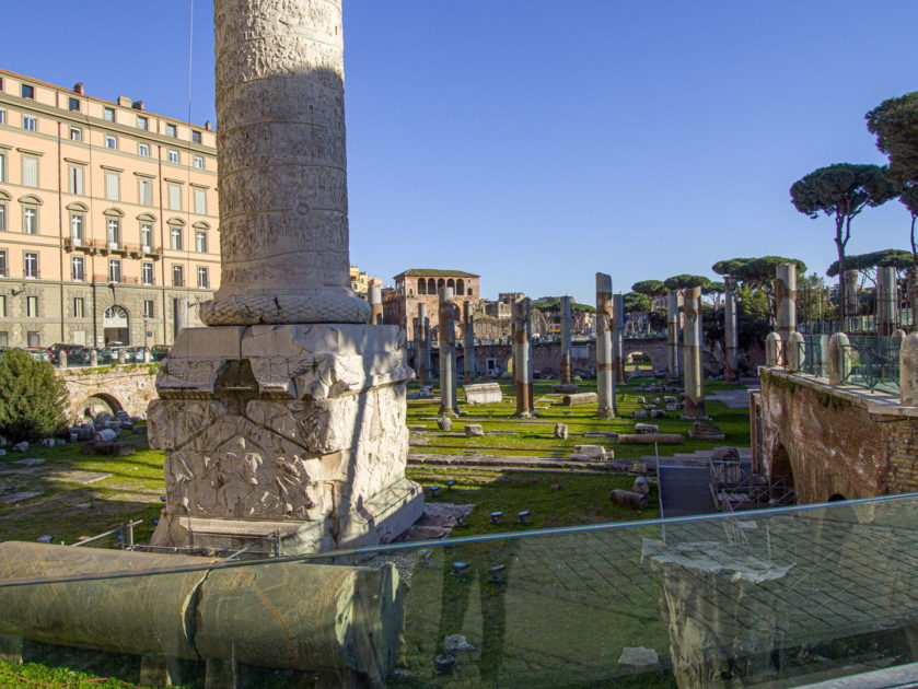 Колонна и форум Траяна